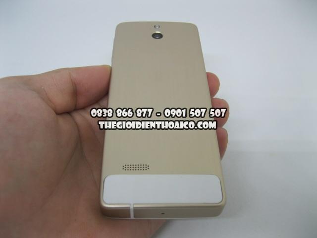 Nokia-515-Vang_2.jpg