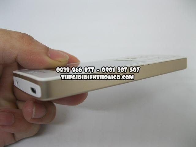 Nokia-515-Vang_4.jpg
