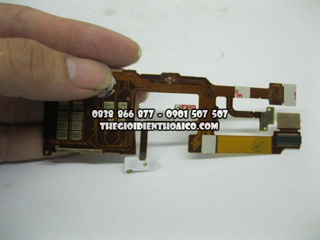 Day-nguon-Nokia-8600-Luna_2.jpg