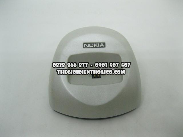 Doc-sac-Nokia-8310_6.jpg