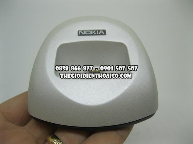 Doc-sac-Nokia-8310_8.jpg