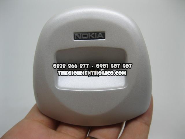 Doc-sac-Nokia-8310_9.jpg