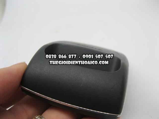 Doc-sac-Nokia-8850_4.jpg