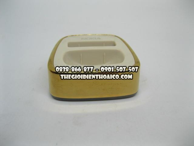 Doc-sack-Nokia-8800-Sirocco-Gold_9.jpg