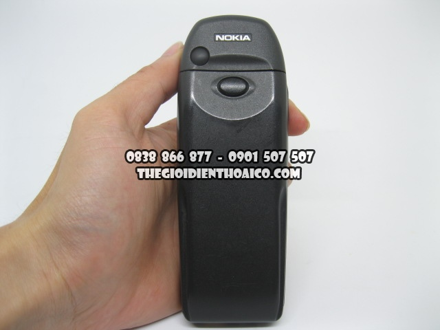 Nokia-6310i_Mercedes-Den_2.jpg