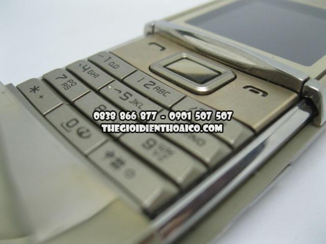 Nokia-8800-sirocco_10.jpg