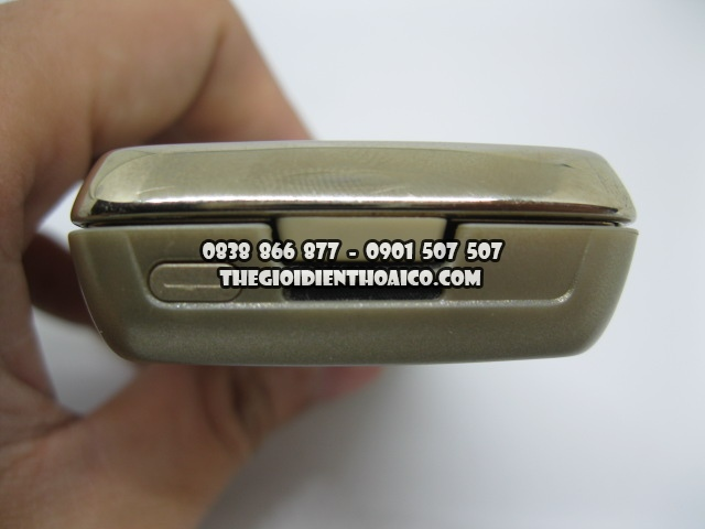 Nokia-8800-sirocco_6.jpg