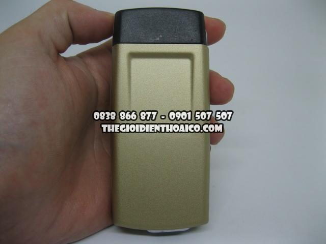 Nokia-8850-Vang_2.jpg