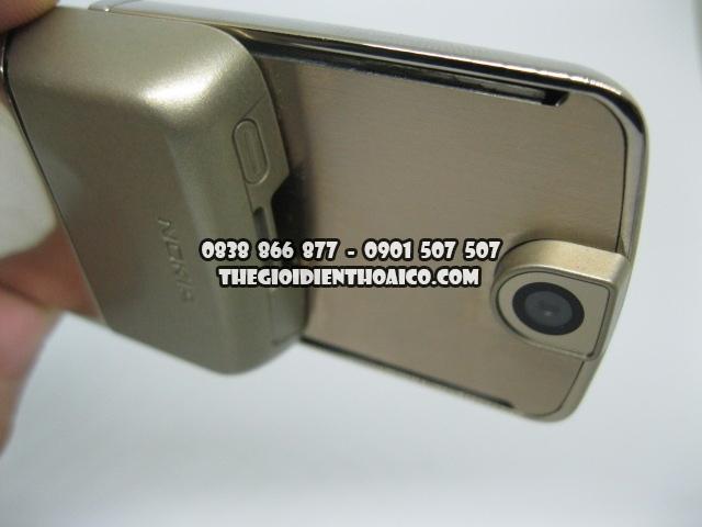 Nokia-8800-Sirocco-Gold_11.jpg