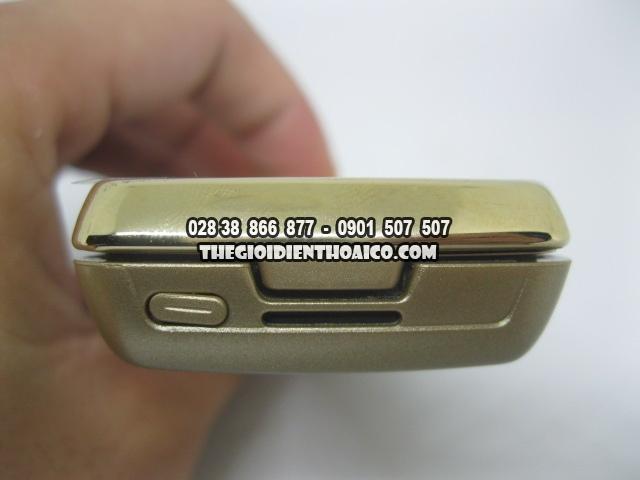 Nokia-8800-Sirocco-Gold_6.jpg