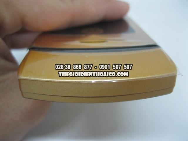 Motorola-V3i-Gold_6.jpg