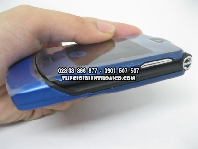 Motorola-V3i-Xanh_3.jpg