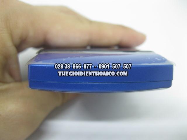 Motorola-V3i-Xanh_5.jpg