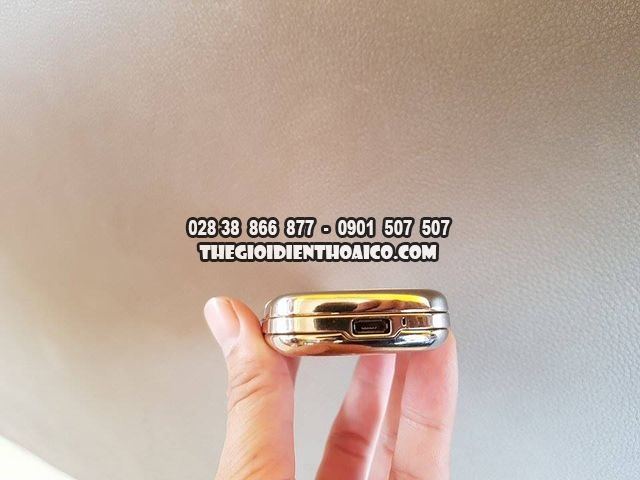 Nokia-8800-Gold-Arte-4G_2.jpg