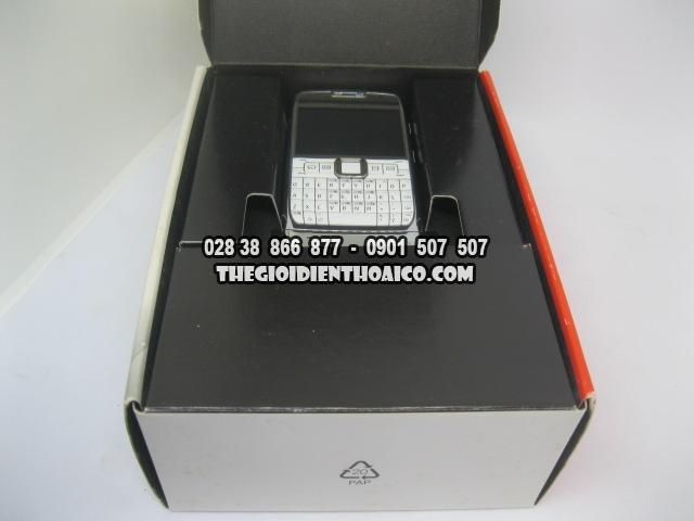 Nokia-E71-2168_5.jpg