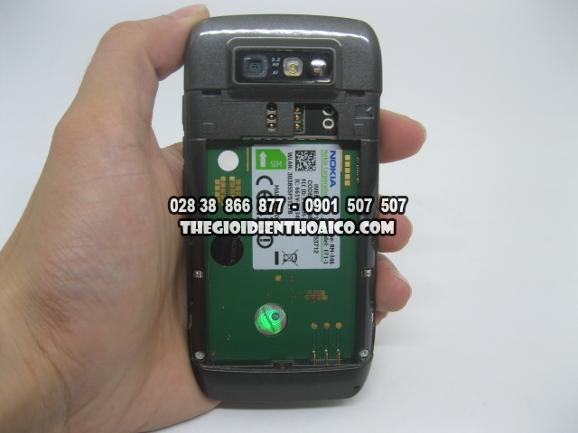 Nokia-E71-2169_15.jpg