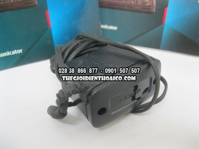 Nokia-E90-2173_4.jpg