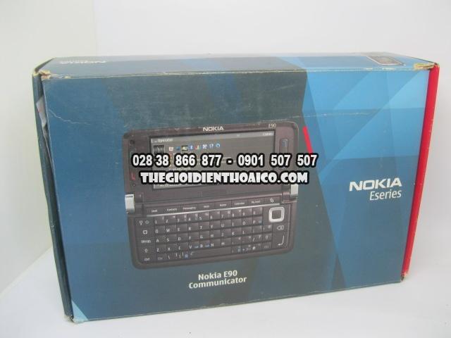 Nokia-E90-2175_1.jpg