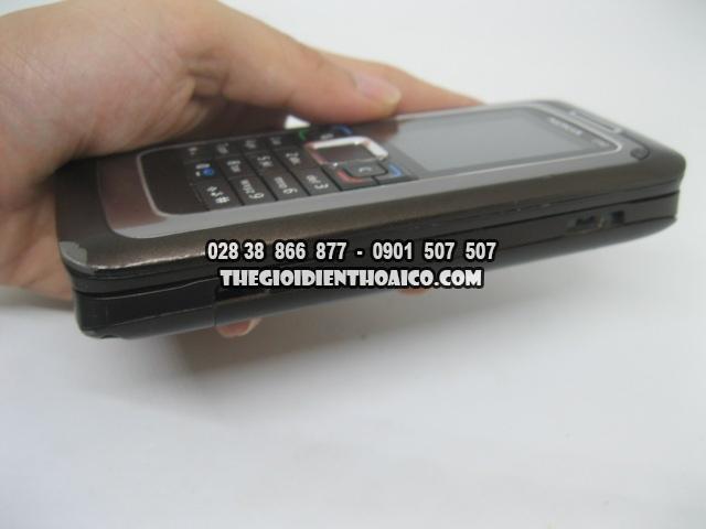 Nokia-E90-2175_10.jpg