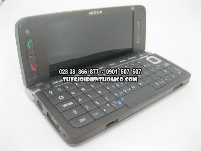 Nokia-E90-2175_14.jpg