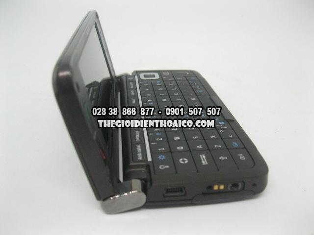 Nokia-E90-2175_17.jpg