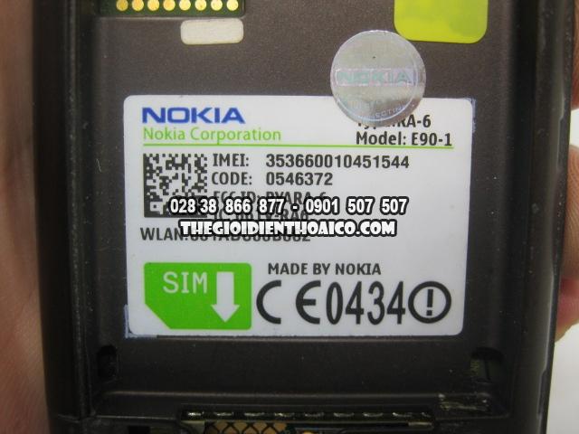 Nokia-E90-2175_21.jpg
