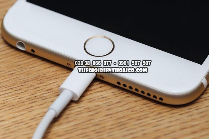 Co-nen-sac-iPhone-qua-dem-va-sac-Smartphone-nhu-the-nao-moi-dung-cach_1.jpg