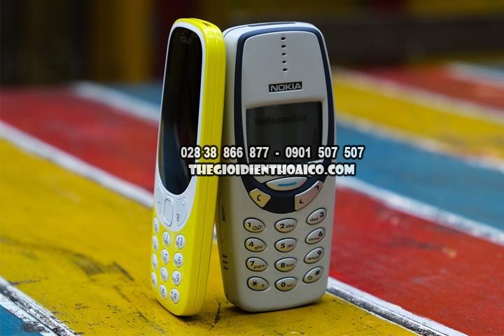 Danh-gia-su-khac-nhau-giua-Nokia-3310-2017-va-Nokia-3310-2000_2.jpg