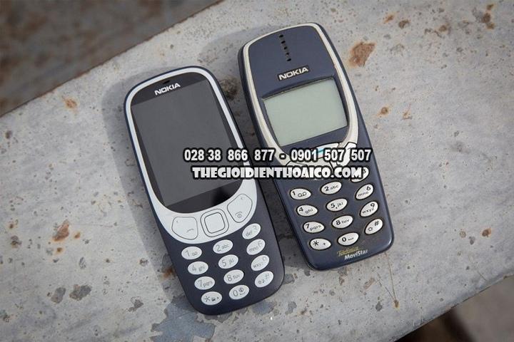 Danh-gia-su-khac-nhau-giua-Nokia-3310-2017-va-Nokia-3310-2000_6.jpg