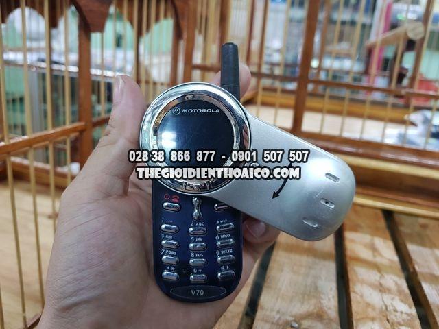 Motorola-V70-bac-dep-98-nguyen-zin-thay-vo-Ms-2272_10.jpg