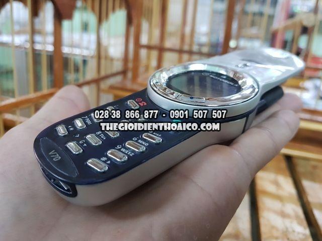 Motorola-V70-bac-dep-98-nguyen-zin-thay-vo-Ms-2272_9.jpg
