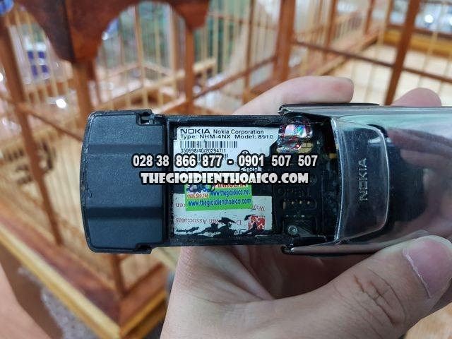 Nokia-8910-inox-2252_13.jpg