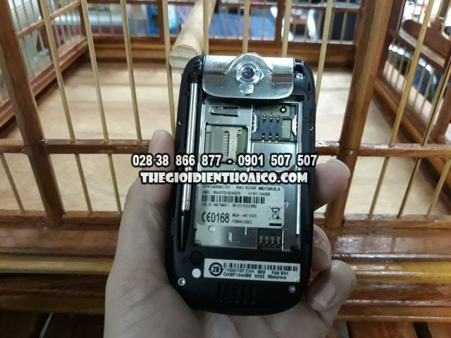 Motorola-A1200-mau-den-hang-zin-det-khong-mot-ty-vet-full-box-ms-3070_18.jpg