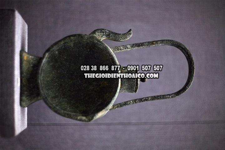 Co-vat-tren-nhung-con-tau-co-bi-dam-tai-bien-Dong-Viet-Nam-dang-duoc-trung-bay_10.jpg