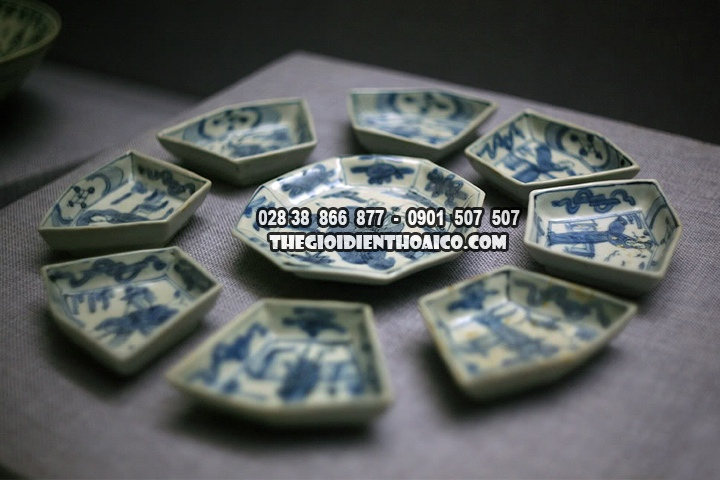 Co-vat-tren-nhung-con-tau-co-bi-dam-tai-bien-Dong-Viet-Nam-dang-duoc-trung-bay_2.jpg