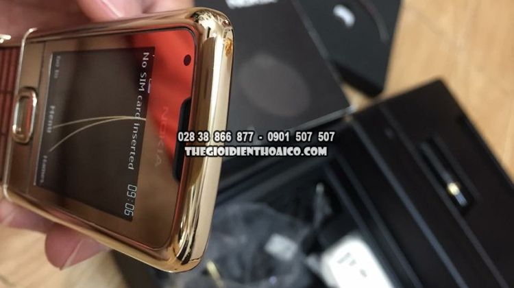 Nokia-8800-Gold-Arte-dang-cap-doanh-nhan_14.jpg