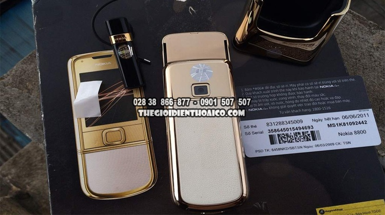 Nokia-8800-Gold-Arte-dang-cap-doanh-nhan_29.jpg