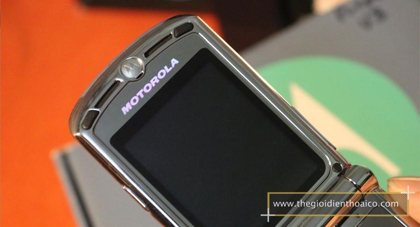 Motorola-V3i-tim_5.jpg