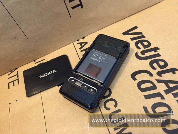 Nokia-3250_9Ik7UW.jpg