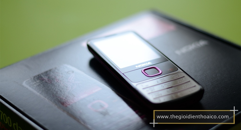 Nokia-6700-mau-hong_9.jpg