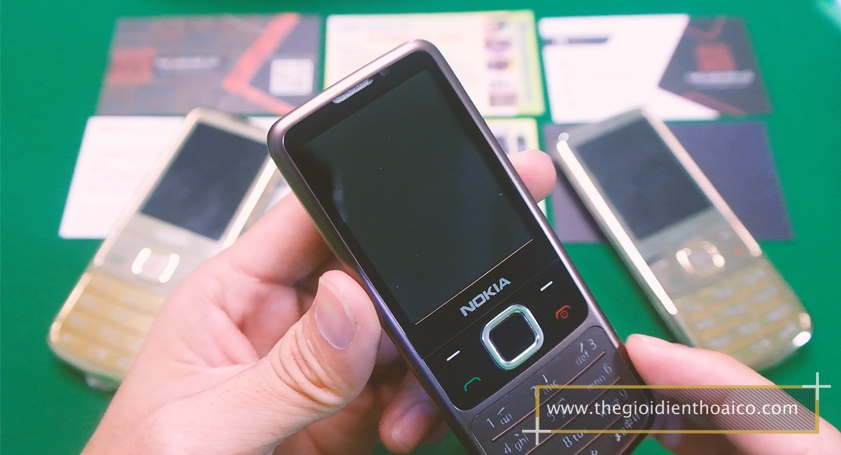 Nokia-6700-mau-nau_10.jpg