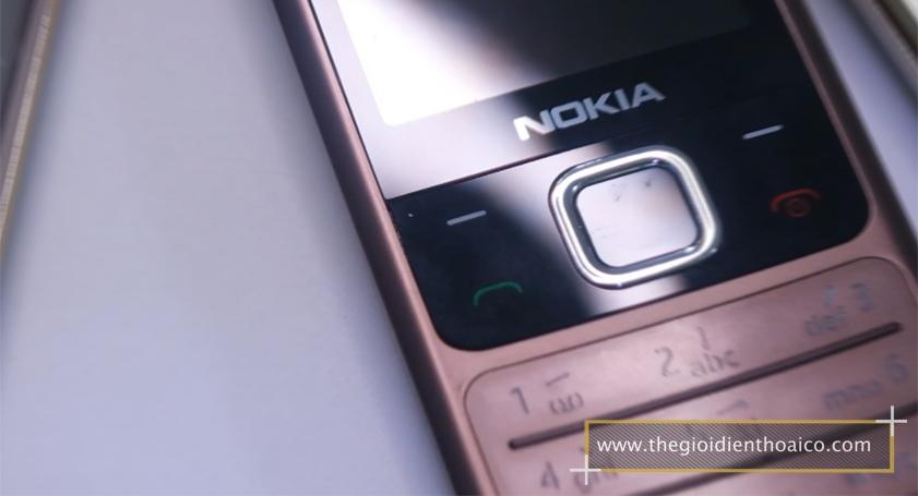 Nokia-6700-mau-nau_11.jpg