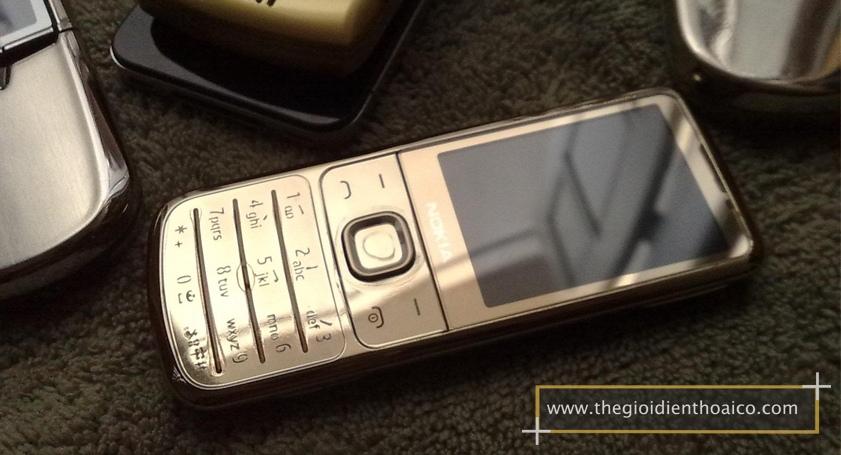 Nokia-6700-mau-vang_8.jpg