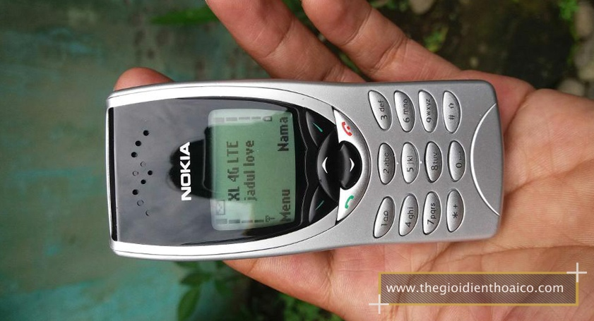 Nokia-8210-mau-bac_7.jpg