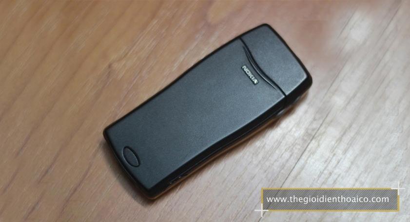 Nokia-8210-mau-do-dam_10.jpg