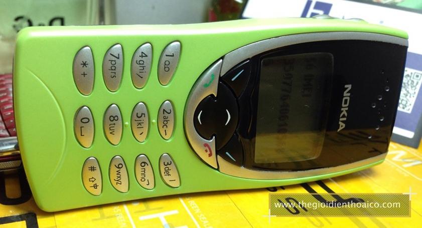 Nokia-8210-mau-xanh-la-nhat_2.jpg
