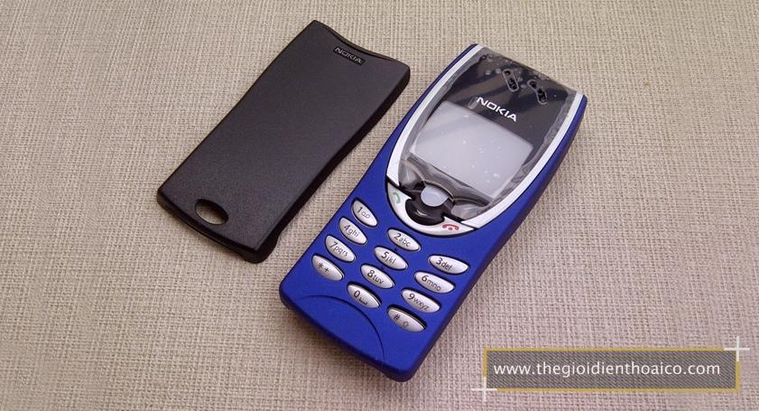Nokia-8210-mau-xanh_5.jpg