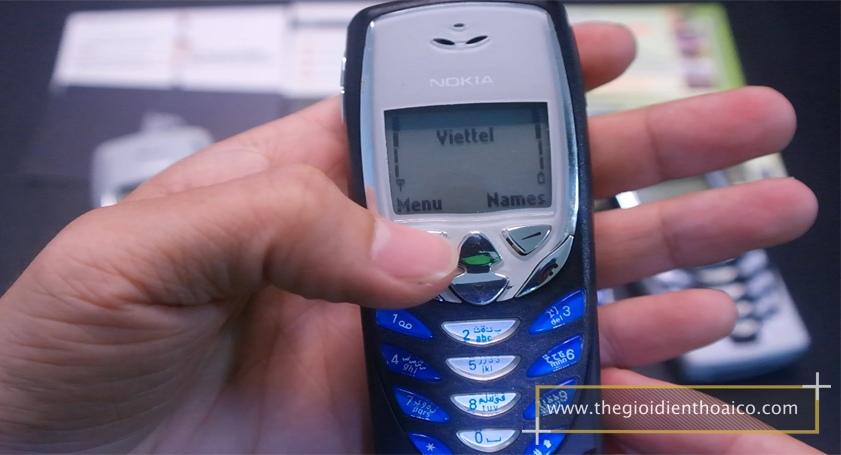 Nokia-8310_18.jpg