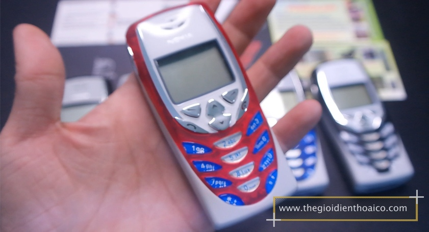 Nokia-8310_5.jpg