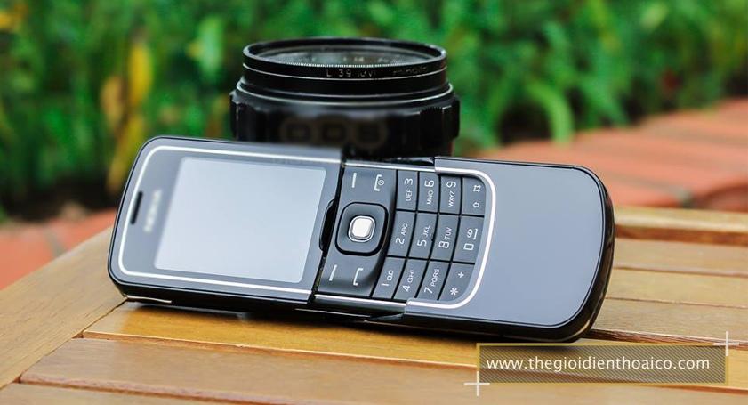 Nokia-8600-Luna_3.jpg